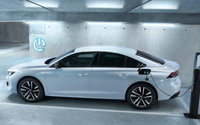 Peugeot introduceert 508 Hybrid